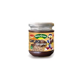 Cacao spread with sesame seeds